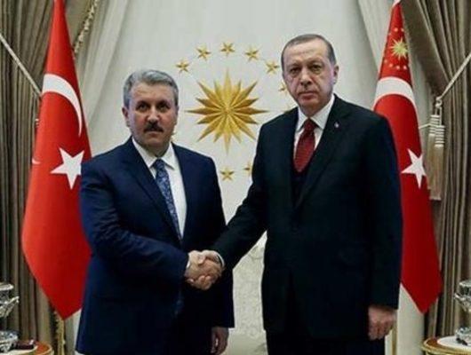 Mustafa Destici'den flaş açıklama: Erdoğan, AK Parti'ye katılmam için teklifte bulundu