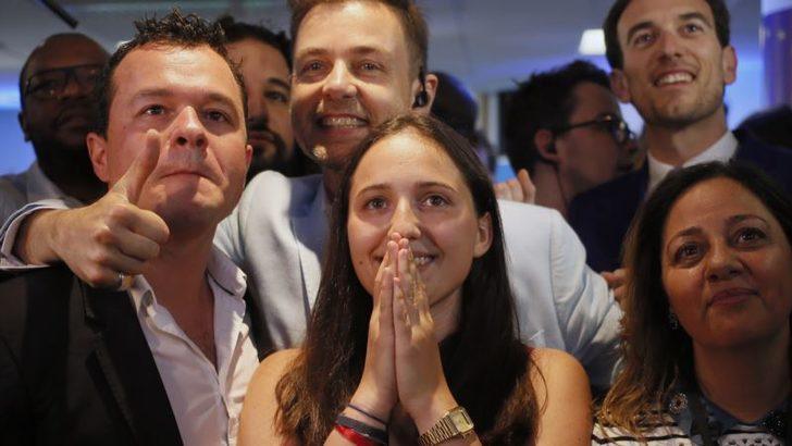 Fransa'da Kadınlar ve Gençler Seçimlerde Rekor Kırdı