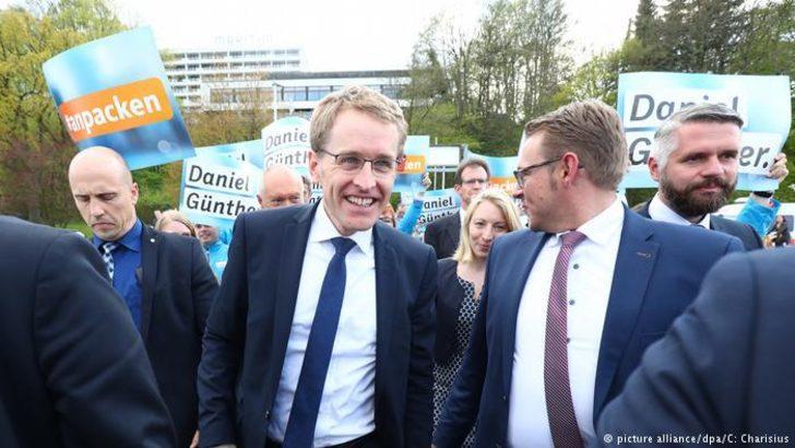 Schleswig Holstein eyalet seçimlerini CDU kazandı