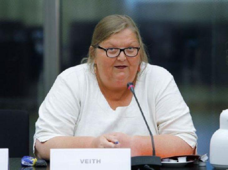 Almanya üçüncü cinsiyeti resmen tanıdı