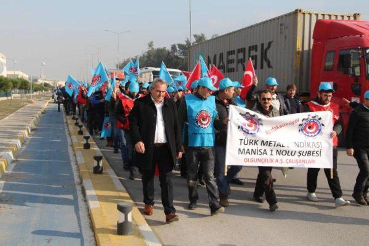 Türk MetalSen işçileri eylemlerine devam ediyor
