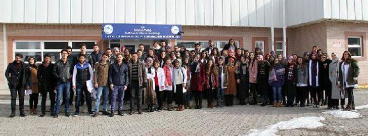 Özel eğitimli 'Arya'ya üniversite öğrencilerinden yoğun ilgi