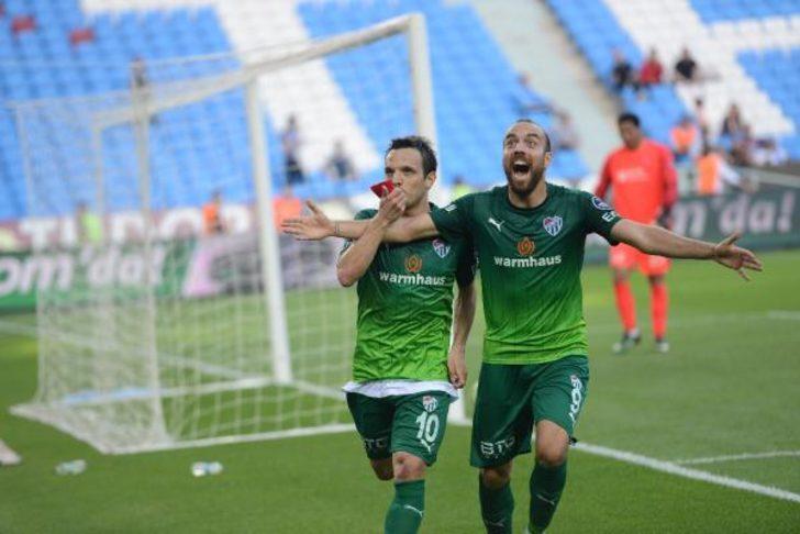Bursaspor, Trabzon deplasmanında galibiyet peşinde
