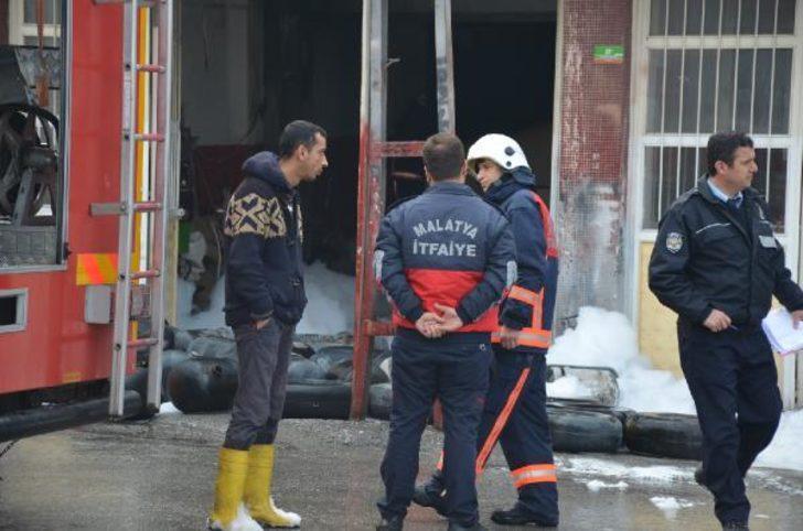 Malatya'da otomobilin LPG tankı patladı: 3 yaralı