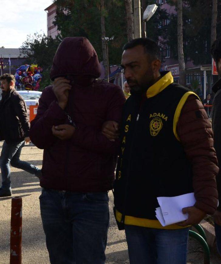 Suriyeli hamalın parasını elektroşok cihazıyla gasp ettiler
