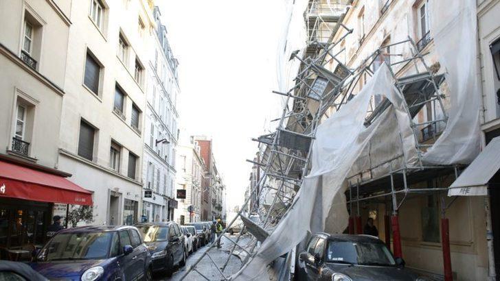 Avrupa Şiddetli Fırtınanın Etkisi Altında