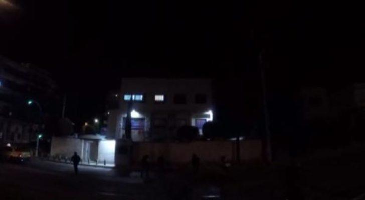 Atina'da anarşist grup İsrail Büyükelçiliğine boyalı saldırı düzenledi