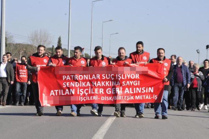 İşten çıkarılan işçiler organize sanayi bölgesinde yürüdü