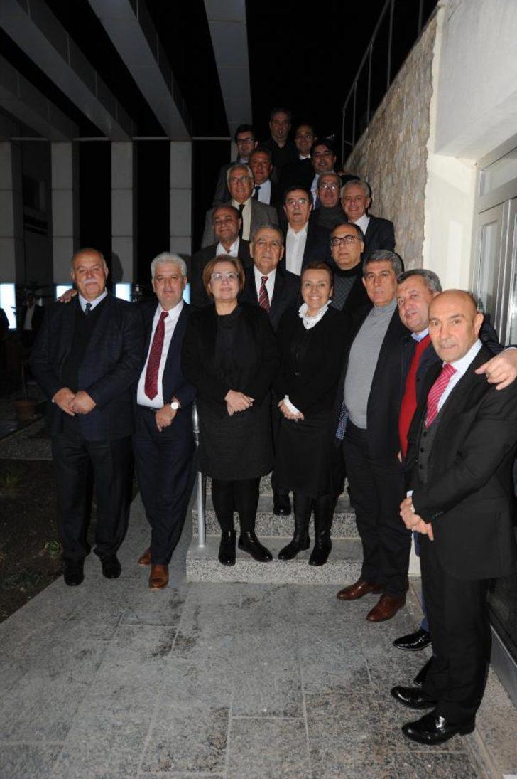 CHP'li belediye başkanları Seferihisar'da buluştu  Fotoğraflar
