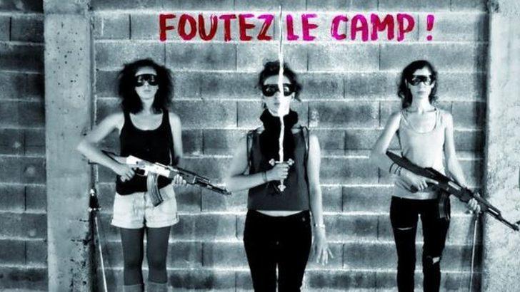 Fransa'da bir köy, 'faşistlikle suçlanan' kadın şarkıcılara karşı ayaklandı