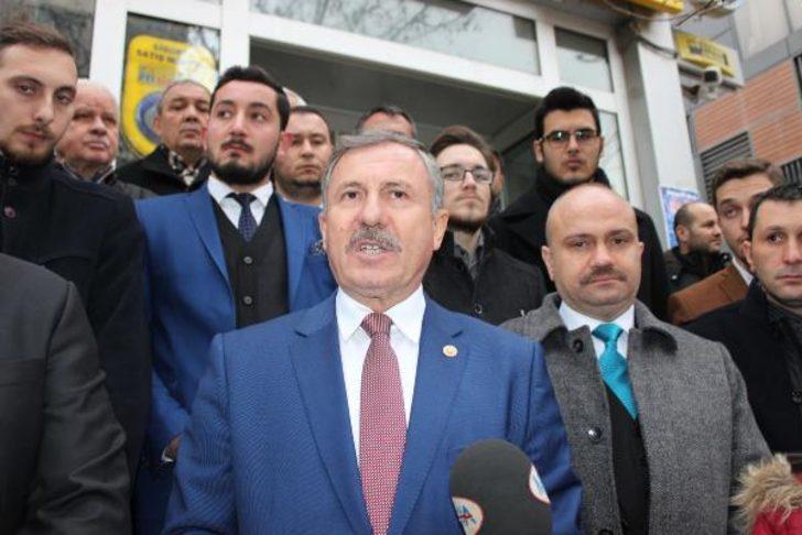 AK Parti'li Özdağ'dan MHP'li Ergün'e: Medyumluğa soyunmuşsun