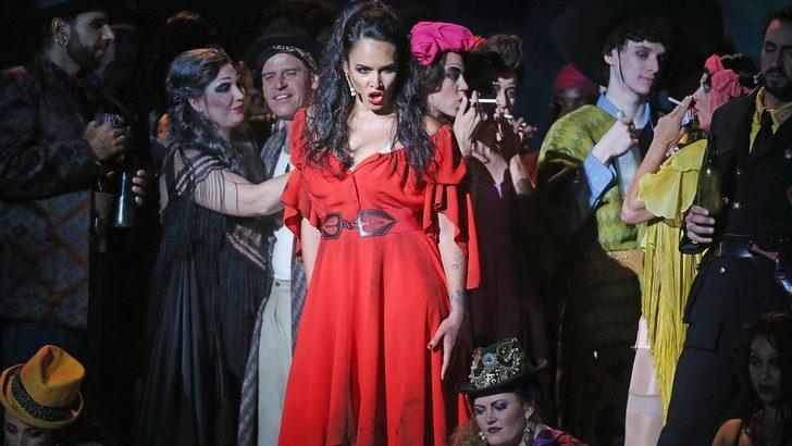 Kadın cinayetlerine karşı Carmen'e alternatif final