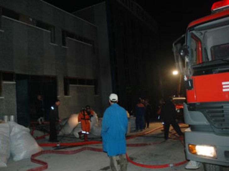 Milli Gazete'nin baskı tesislerinde yangın
