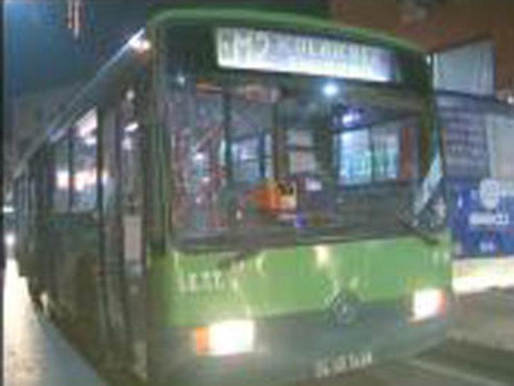 İçinde yolcu olan İETT otobüsüne saldırı