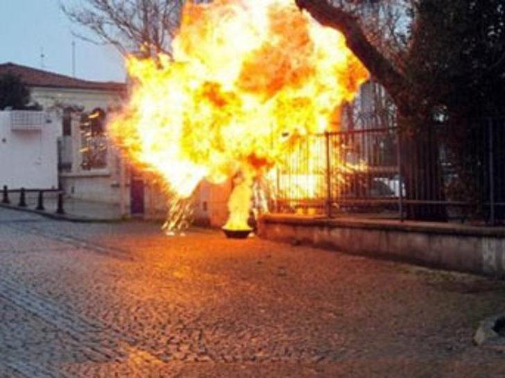 """""""İhanet"""" bombayı patlattı"""