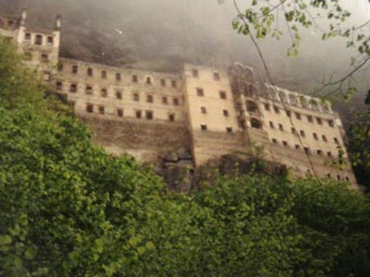 Sümela Manastırı'nda ayin gündemde