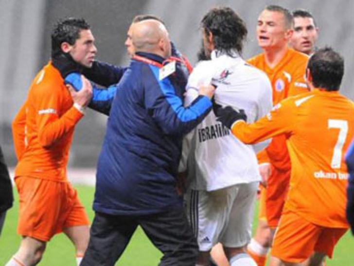 Maç sonunda kavga!
