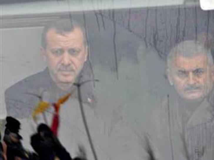"""""""Ülkede diktatörya bizimle son buldu"""""""