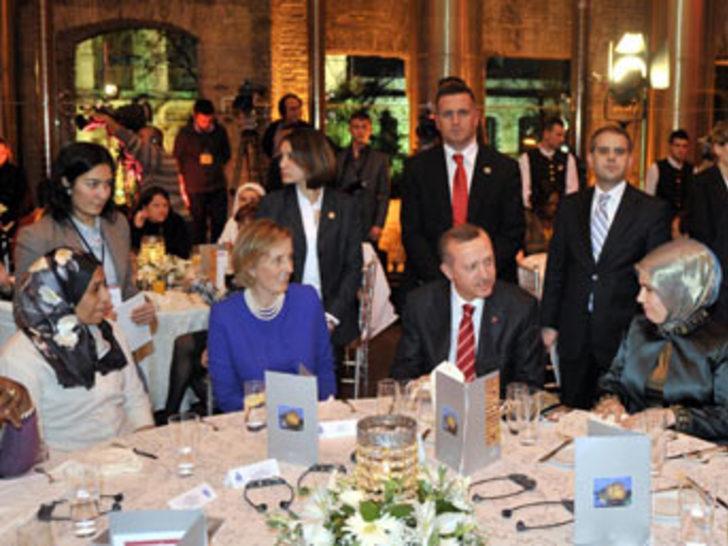 Erdoğan'ın da katıldığı yemekte skandal