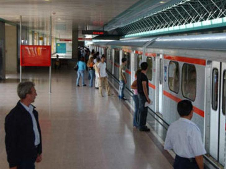 Ankara metrosunda korkunç intihar!