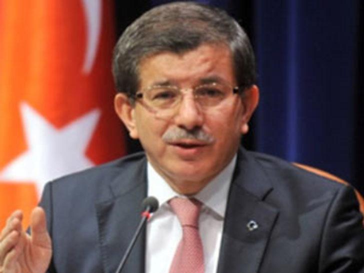 """Davutoğlu: """"Sorumluluk türkiye'nin omzunda"""""""