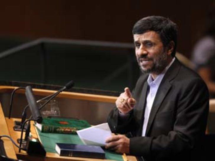 Ahmedinejad konuştu, salon boşaldı