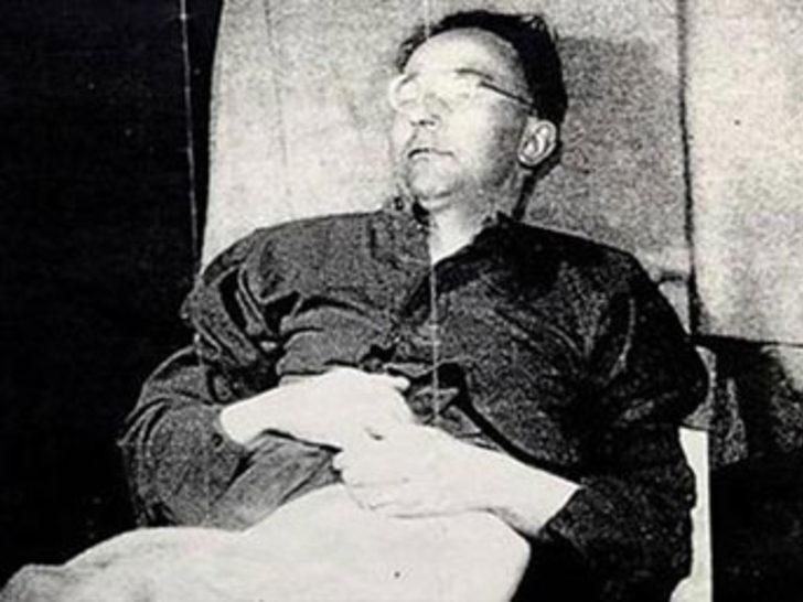 Hitler'in sağ kolunun intihar anı