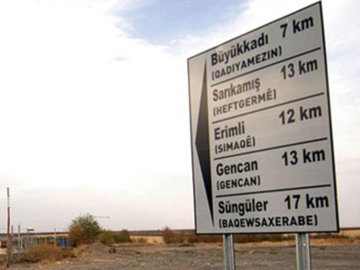 Avrupa Kürtçe hizmette ısrarlı