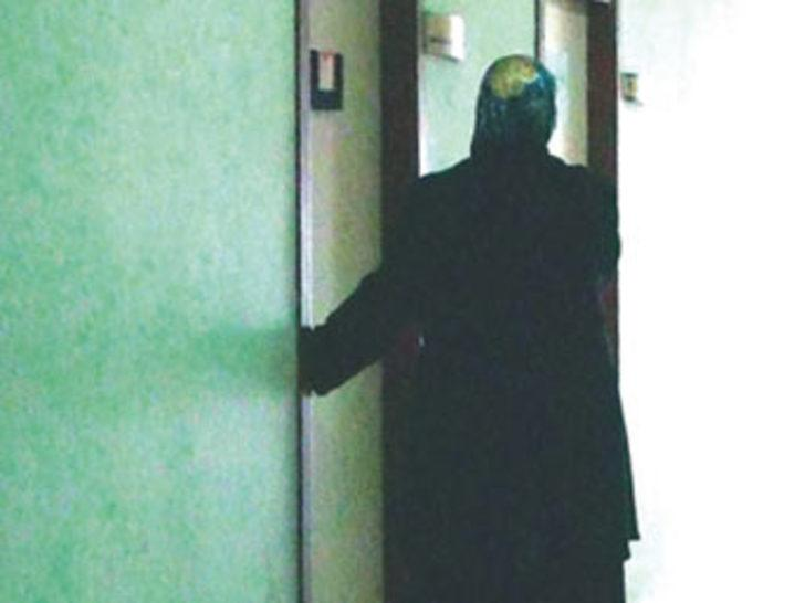 """Ben Prof'um başka kapıya"""