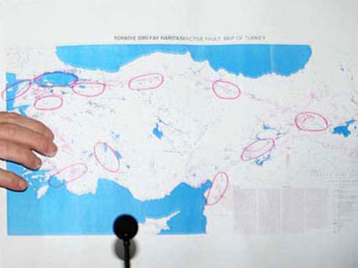 Işıkara depremde riskli bölgeleri açıkladı