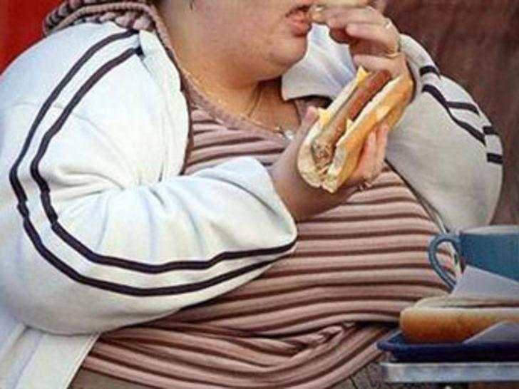 Obeziteye karşı mide katlama ameliyatı