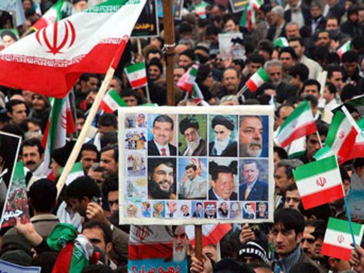 İran'da Gül ve Erdoğan fotoğrafları
