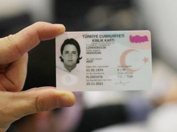 Nüfus cüzdanları 6. kez değişiyor