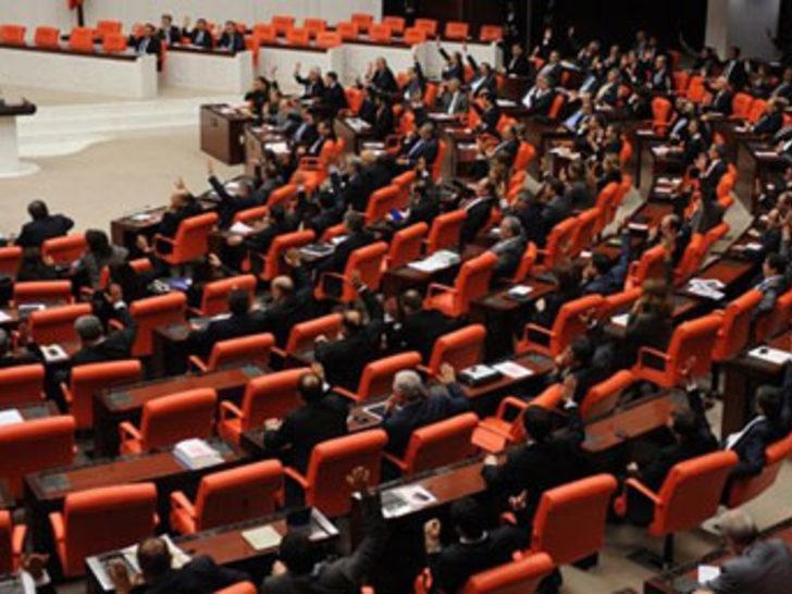 Meclis'i karıştıran 'müstehcen' soru