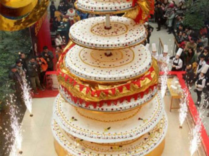 Dünyanın En Büyük Pastası Mynet Trend