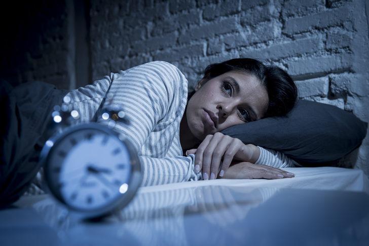Uykusuzluk Neden Olur, Nasıl Tedavi Edilir?