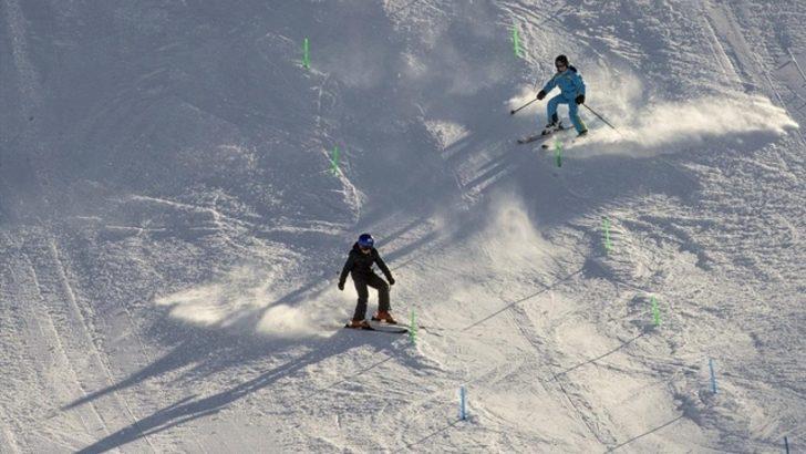 Esquiadores surcoreanos van al norte en medio de lazos inciertos
