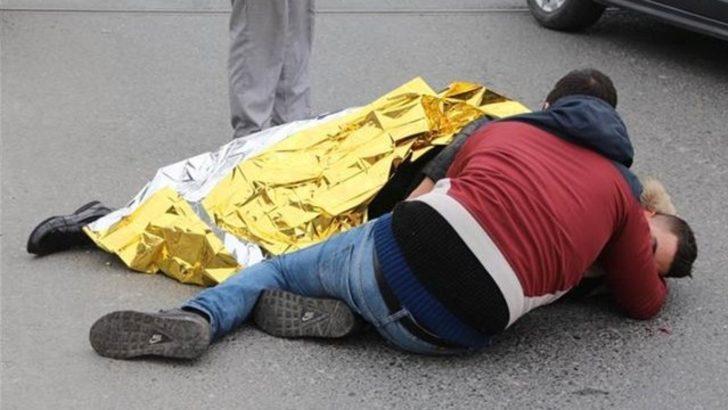 Şişli'de kaza: Yerde yatan kardeşine sarılıp yardım bekledi