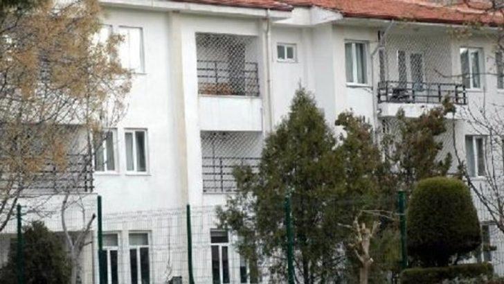 Huzurevinde ikinci intihar! Pencereden atlayarak yaşamına son verdi