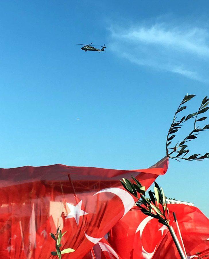 Cumhurbaşkanı Erdoğan, Batman'da zeytin dallı bayraklarla karşılandı