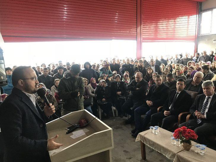 """AK Partili Turan: """"Bu ülke anayasasına bu milletin karar verdiği referandumuna gayrimeşru demek bir siyasi saygısızlıktır"""""""