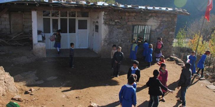 Kilis ve Hatay'ın sınır ilçelerinde okullar tatil edildi! Valilik açıkladı