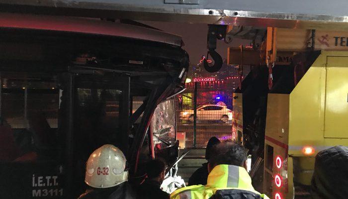 Haramidere'de metrobüs kazası; 11 yaralı