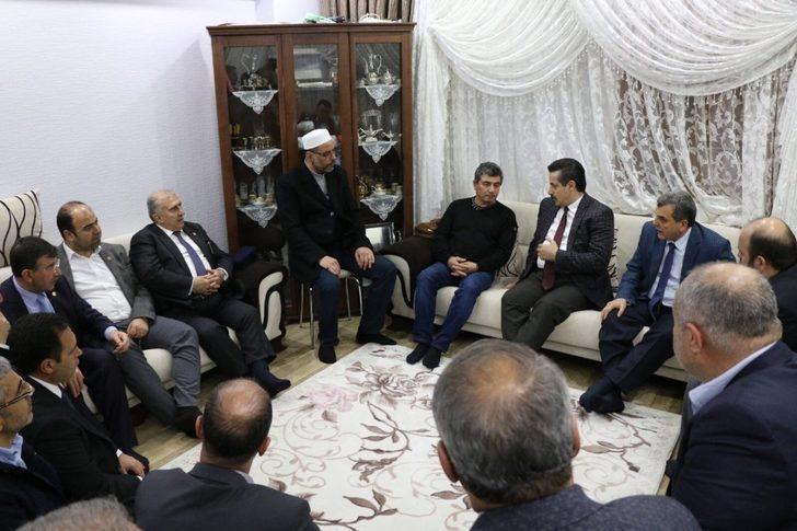 AK Parti Milletvekili Çelik, Afrin şehidinin babasını ziyaret etti