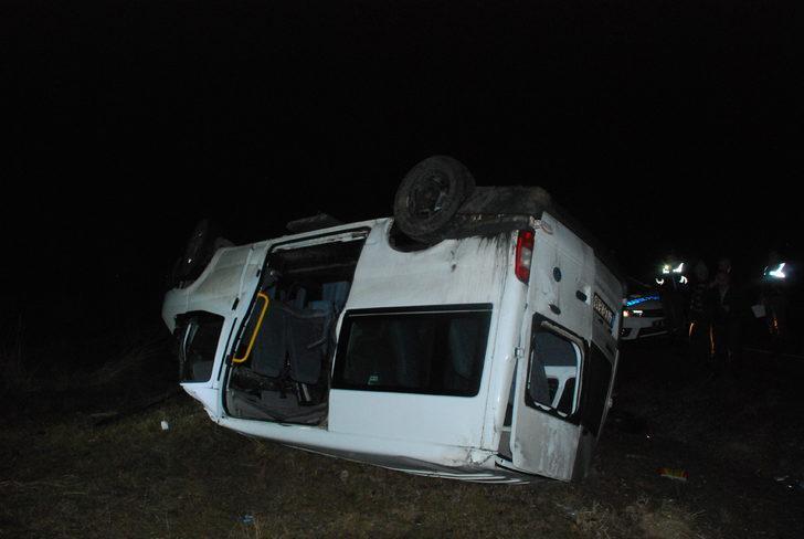 Cenaze yolunda kaza: 1 ölü, 12 yaralı