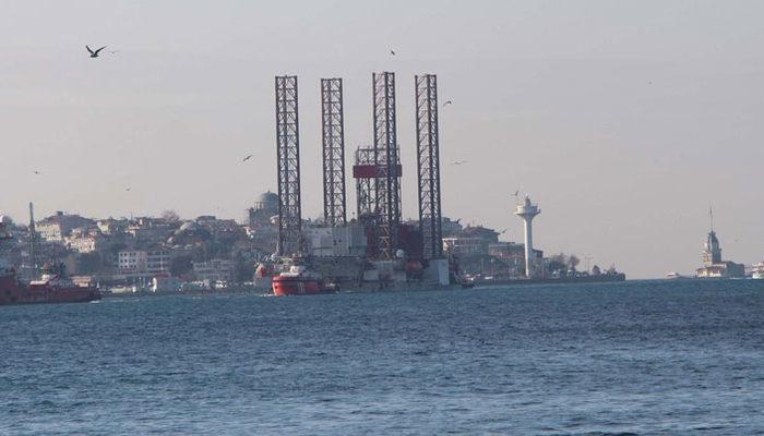 Dev platform tekrar İstanbul Boğazı'nda