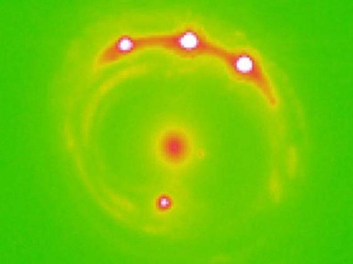 Bilim insanları ilk kez galaksi dışında yeni gezegenler keşfetti