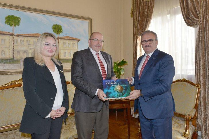 Letonya Büyükelçisi Antalya'da