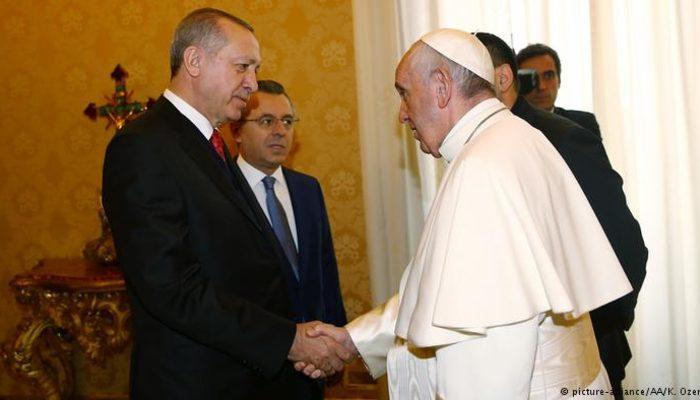 Erdoğan Papa Françesko ile görüştü