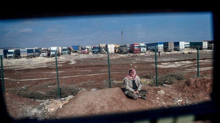 Oxfam: Afrin harekâtı sonrası binlerce kişi Türkiye-Suriye sınırında mahsur